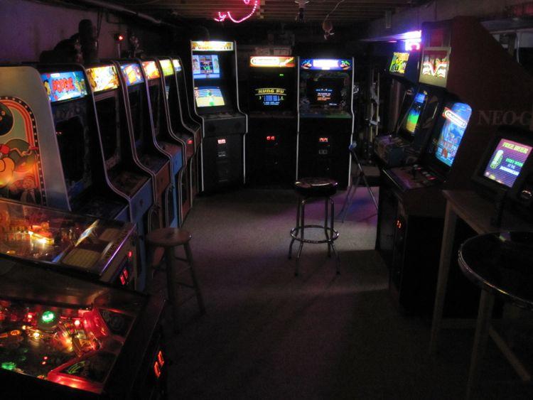 Algunas de las (literalmente) miles de máquinas arcade emuladas por MAME.